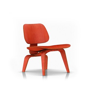 Eames Molded Plywood Lounge Chair, Wood base, LCW.11